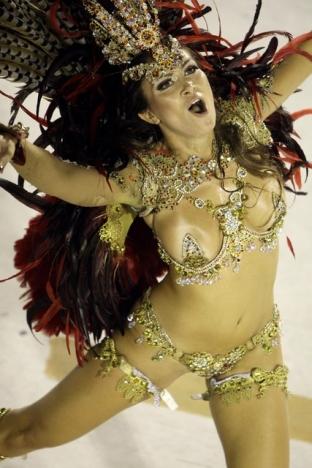 Великолепный карнавал в Рио-де-Жанейро www.news-kvartal.ru